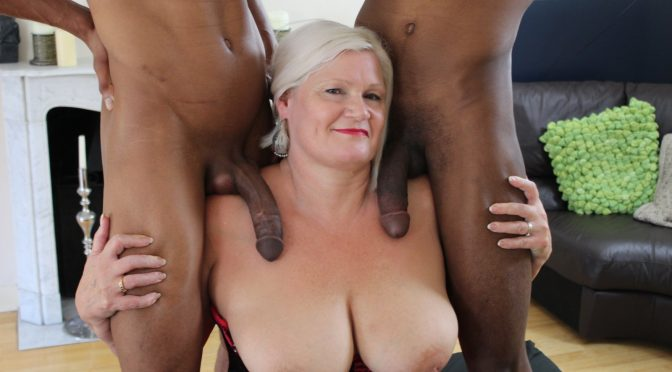 Grandma Lacy Starr fucking two big black cocks